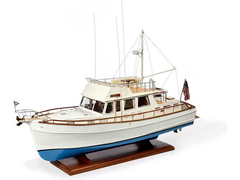 AMATI Grand Banks motorová jachta 1967 1:20 kit