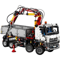 LEGO Technic - Mercedes-Benz Arocs 3245