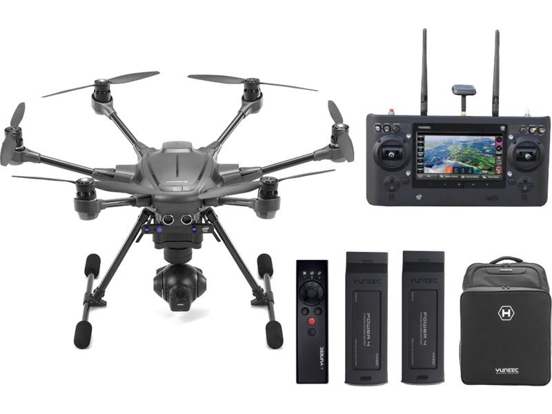 rc model nebo dron