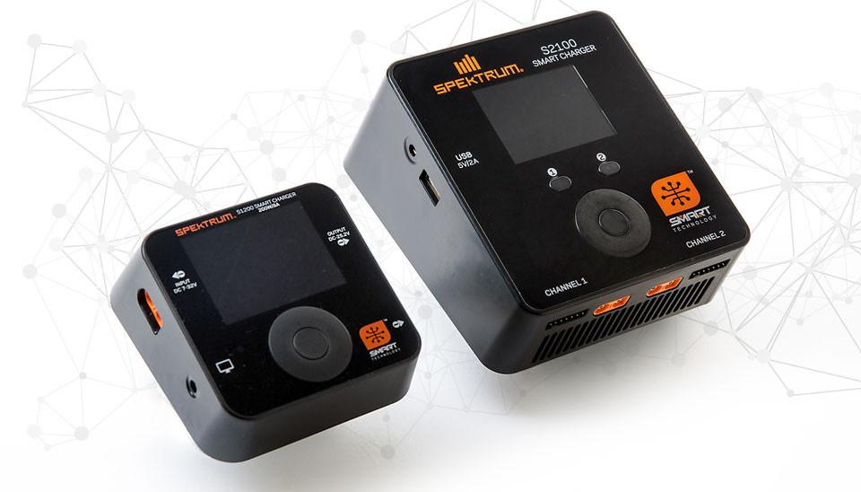 Smart nabíječe Spektrum S1200 (1x 200W) a S2100 (2x 100W)