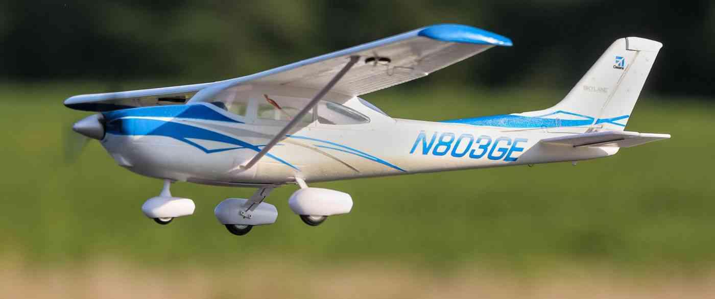 Micro Cessna 182 BNF Basic