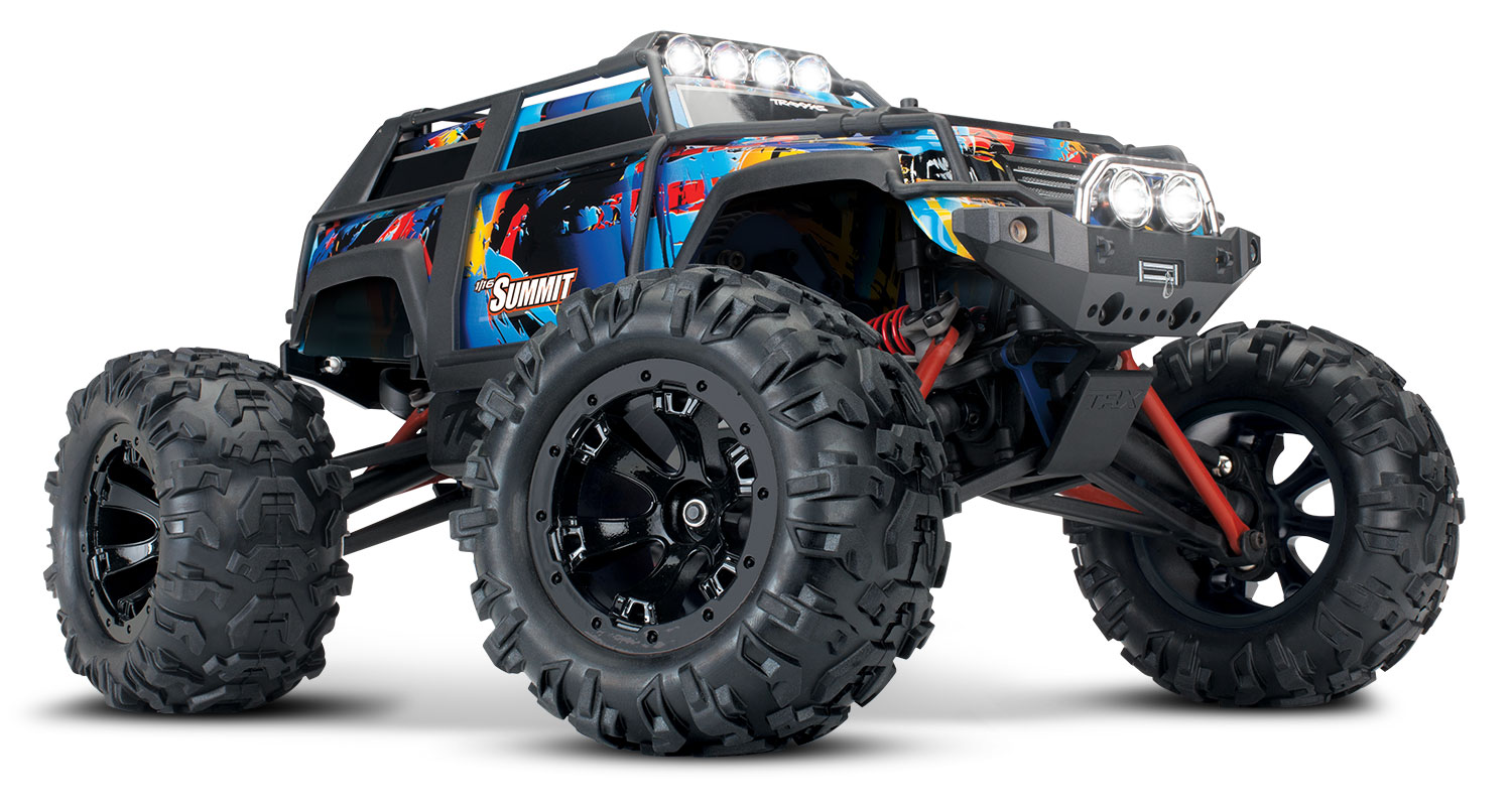 traxxas/72054-5-1-16-Summit-3qtr-Front.jpg
