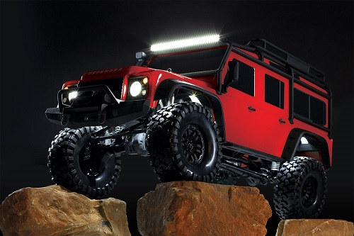 traxxas/8030-Defender-rocks-light-kit.jpg