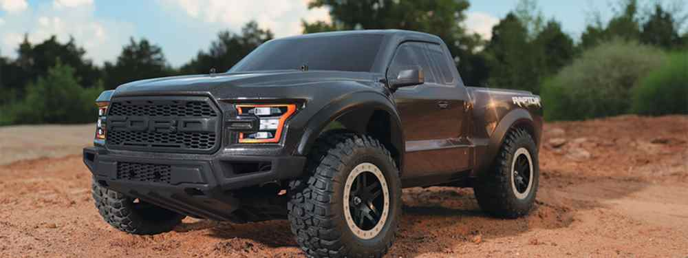 Ford F-150 SVT Raptor 2017