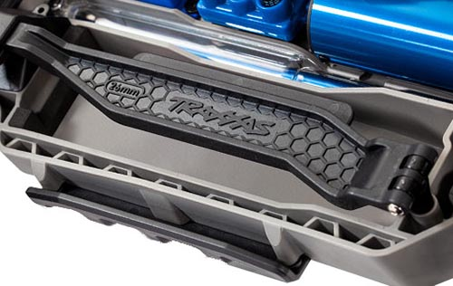 traxxas/details-battery-hold-down.jpg