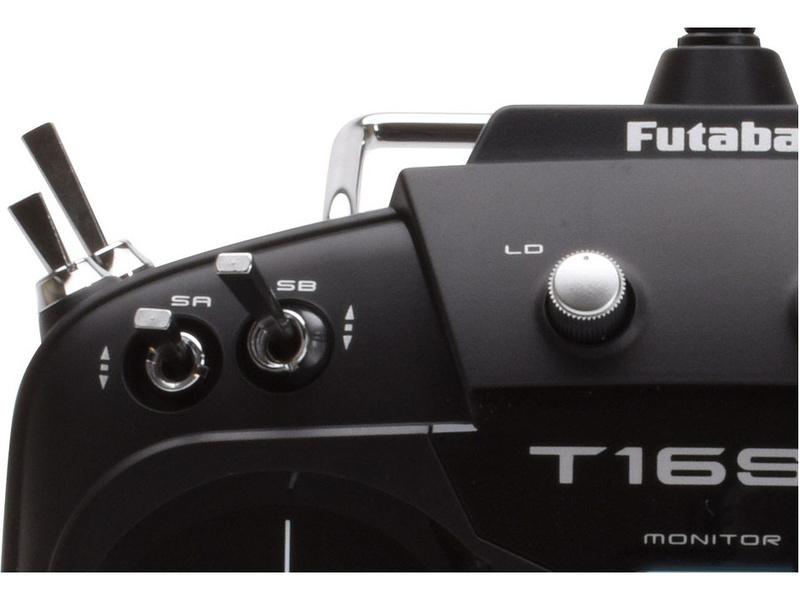 Futaba T16SZ 2.4GHz Mód 2, R7008SB