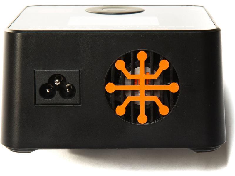 Spektrum Smart nabíječ S1100 1x100W AC