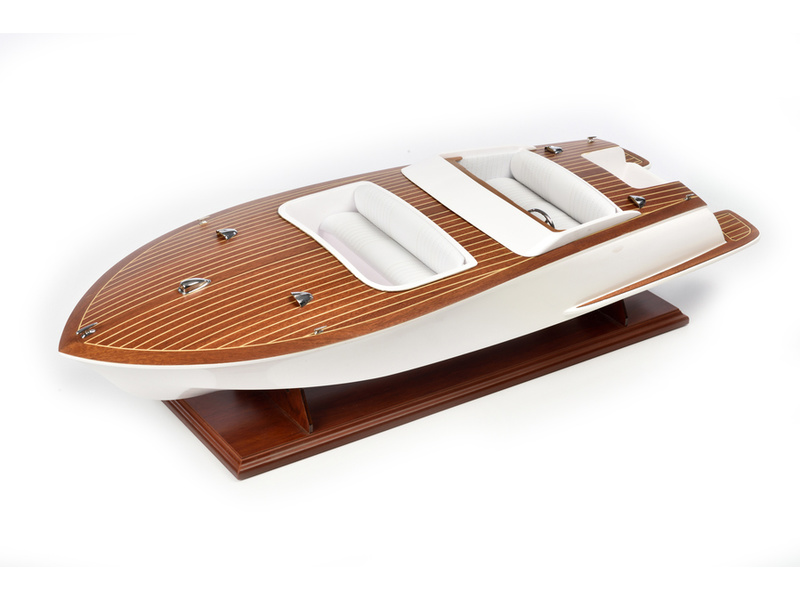 AMATI Bellezza Sportovní člun 1:8 kit