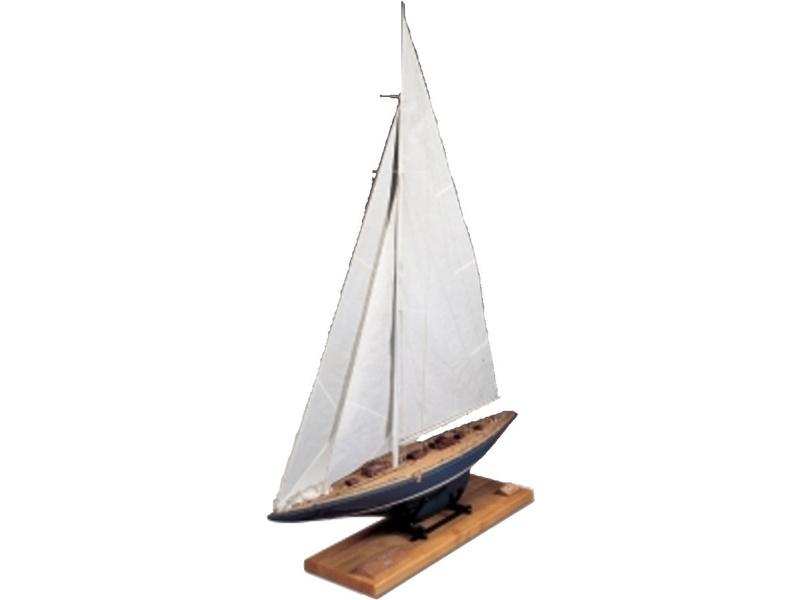 AMATI Endeavour plachetnice 1934 1:35 kit