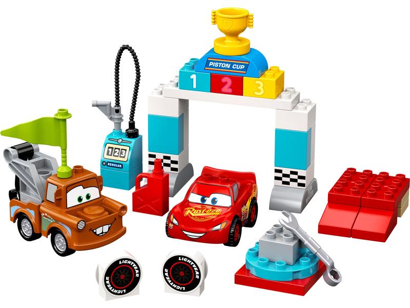 LEGO DUPLO - Závodní den Bleska McQueena