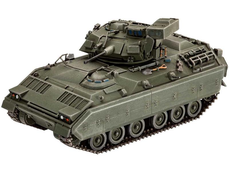 Revell M2/M3 Bradley (1:72)