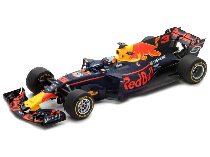 Bburago Red Bull Racing RB13 2017 1:32 Ricciardo