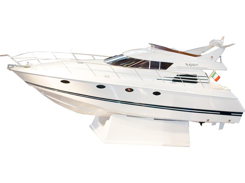 Náhled produktu - Krick Motorová jachta Najade (kit)