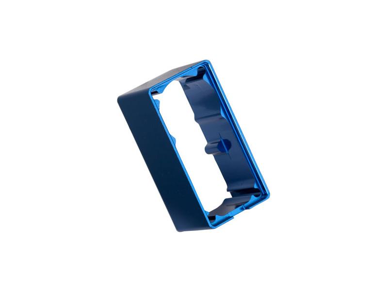 2250: Traxxas krabička serva, centrální část